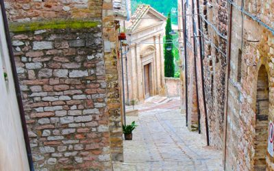 6 reasons why you should visit Spello (now!) + Things to do when you are there